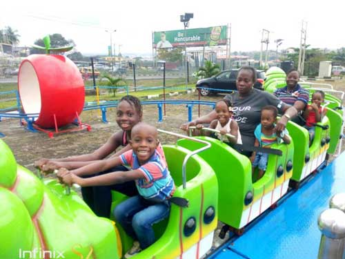 Feedback of Beston Fruit Worm Roller Coaster to Nigeria