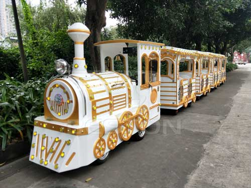 New Trackless Train for South Africa